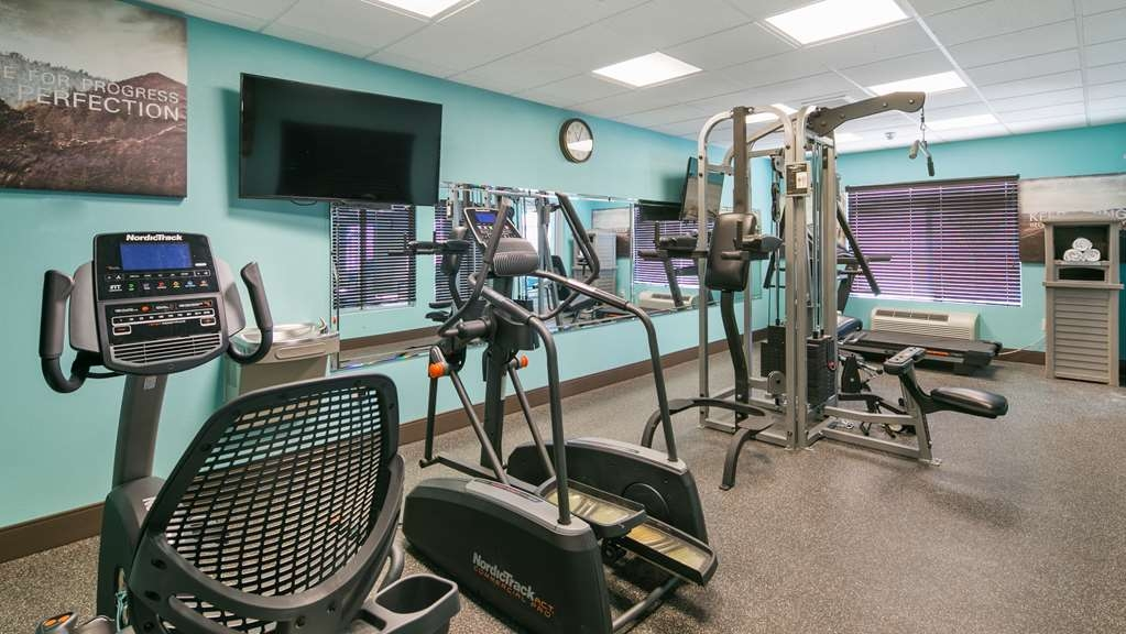 Best Western Plus Gallup Inn & Suites - Keep up with your workout routine in our Exercise Room