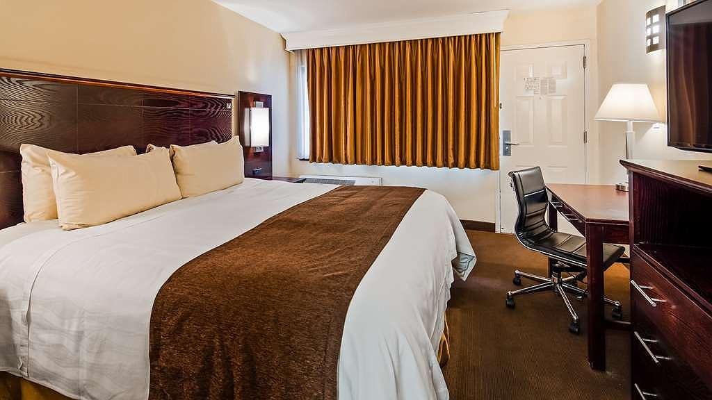 Outstanding Hotel In Massapequa Park Best Western Bar Harbour Inn Squirreltailoven Fun Painted Chair Ideas Images Squirreltailovenorg