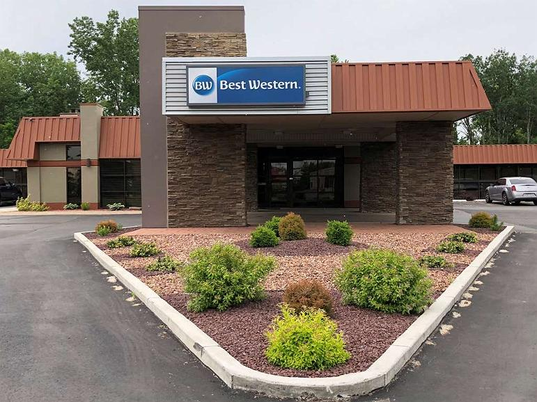 Best Western Gateway Adirondack Inn - Vista exterior
