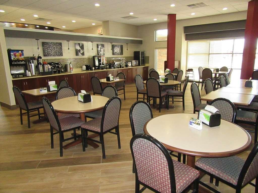 Best Western Gateway Adirondack Inn - Le petit déjeuner buffet