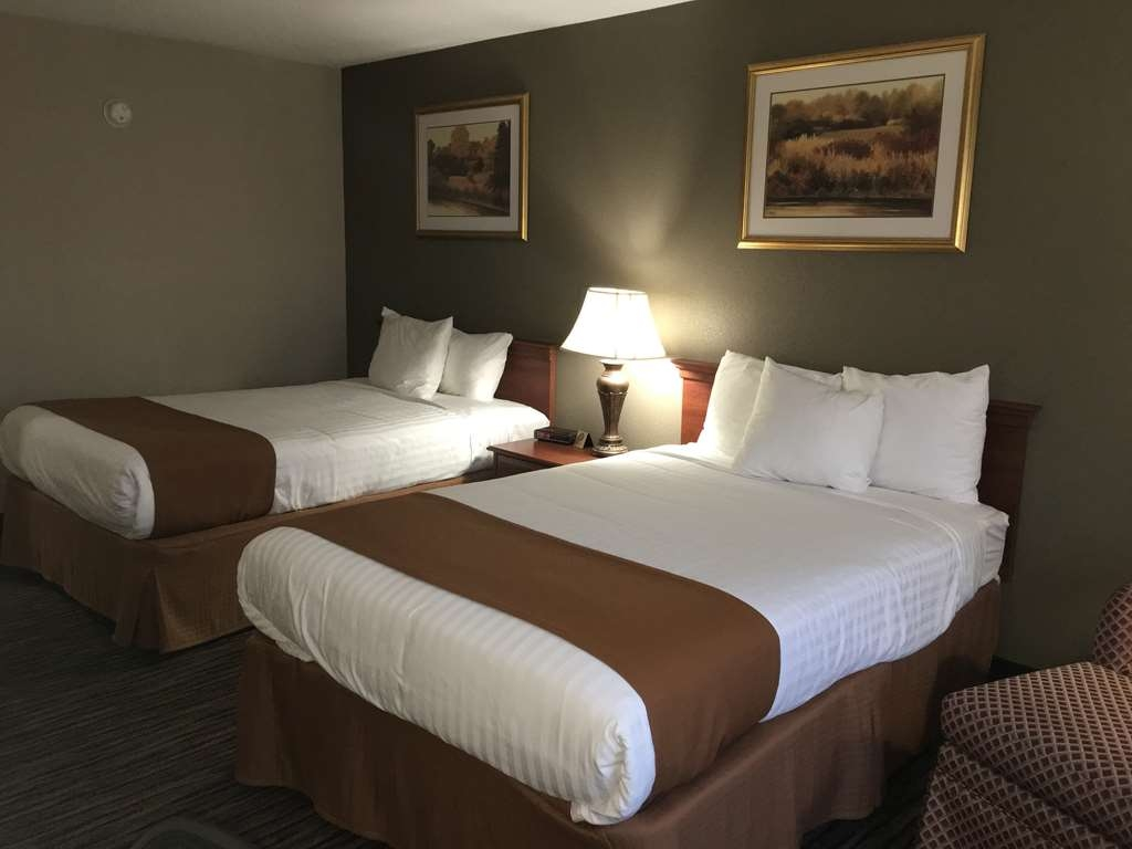 Best Western Gateway Adirondack Inn - Two Double Bed Guest Room