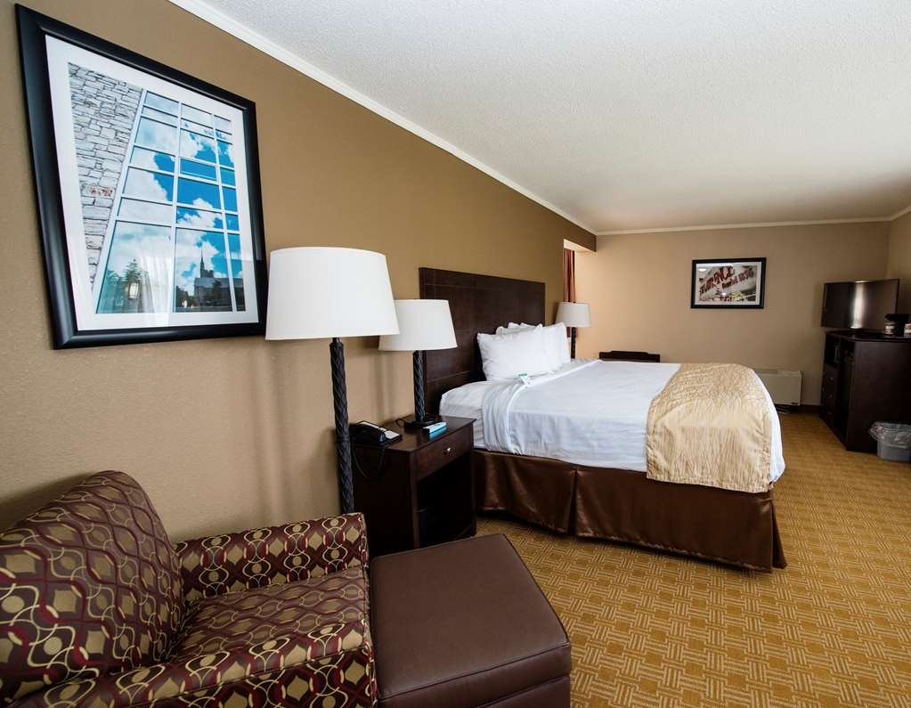Best Western University Inn - Upgrade yourself to our king executive for added comfort during your stay