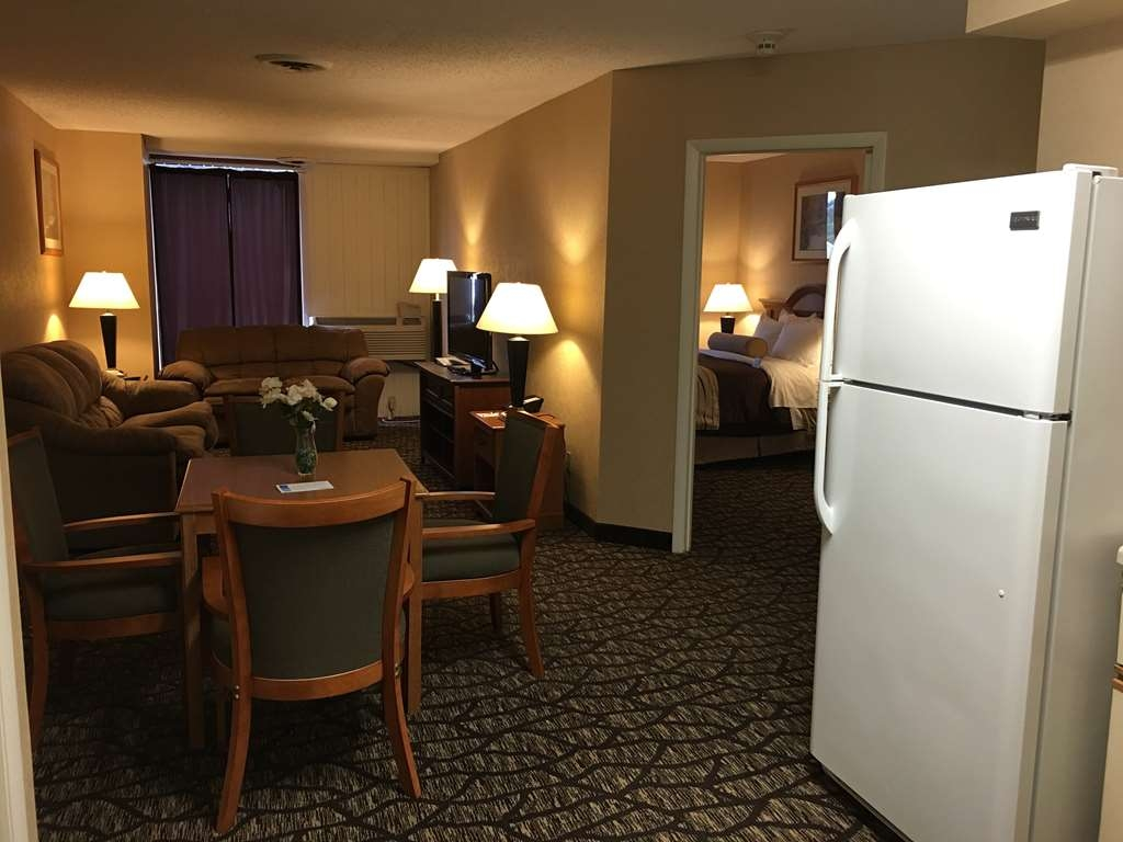 Best Western Clifton Park - Suite
