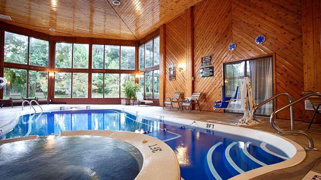 Best Western Clifton Park - piscina coperta