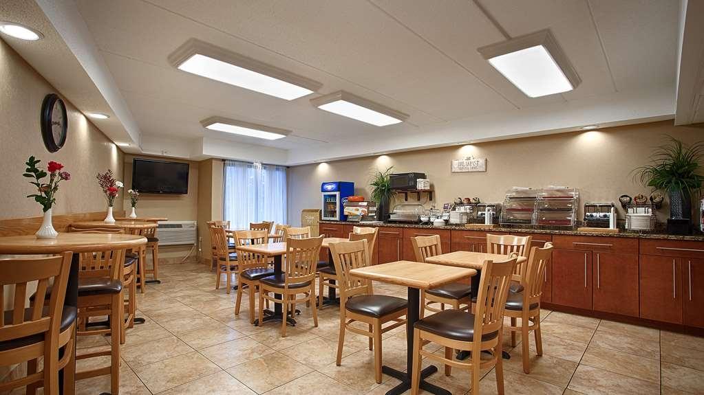 Best Western Clifton Park - Prima colazione a buffet
