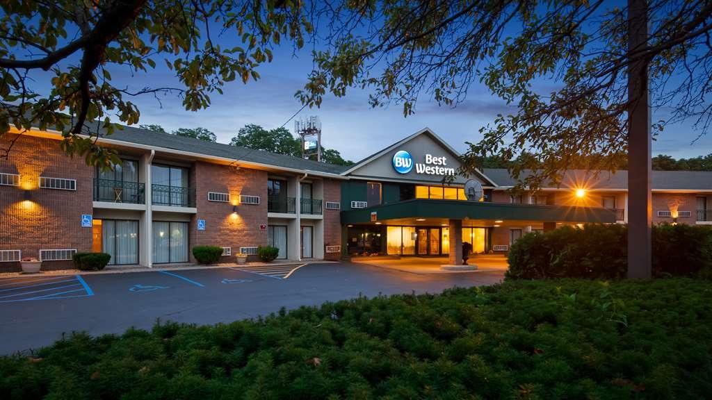 Best Western Clifton Park - Facciata dell'albergo