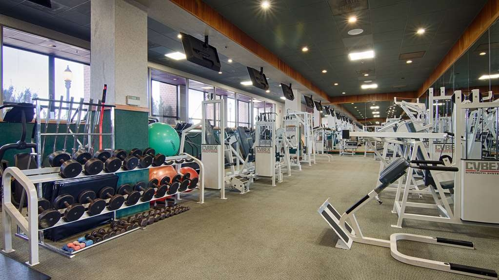 Best Western Plus Oswego Hotel and Conference Center - Our extensive fitness center is open from 6:00 a.m. to 9:30 p.m. daily.