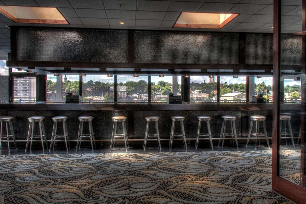 Best Western Plus Oswego Hotel and Conference Center - The conference bar area is the perfect venue for cocktail hour.