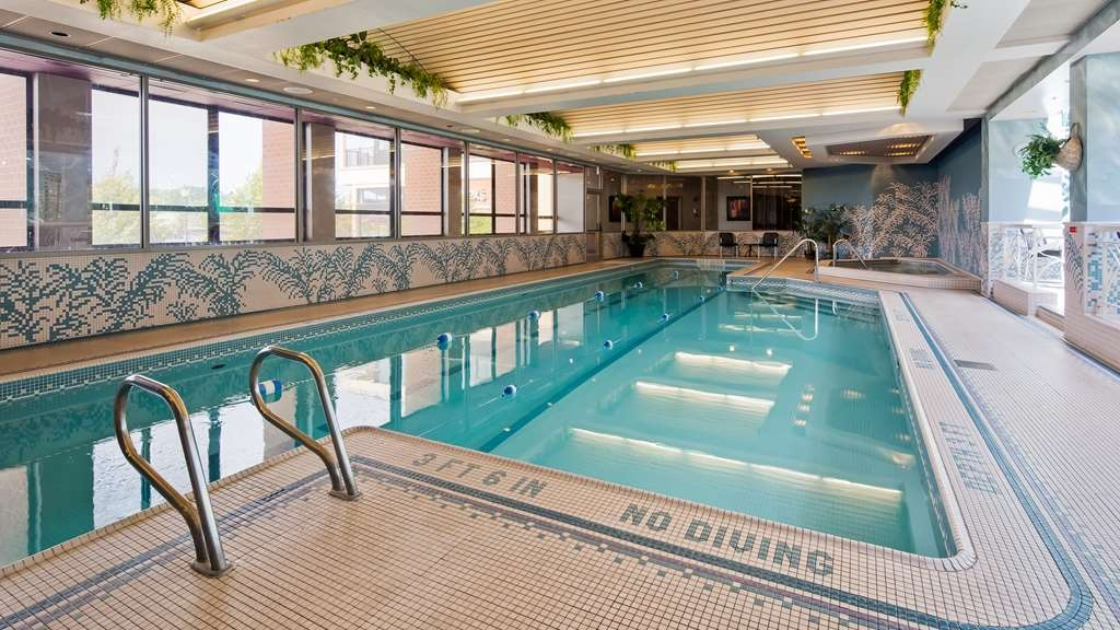 Best Western Plus Oswego Hotel and Conference Center - Indoor Pool