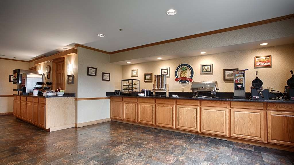 Best Western Cooperstown Inn & Suites - Prima colazione a buffet