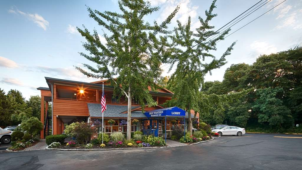 Best Western Woodbury Inn - Vista Exterior