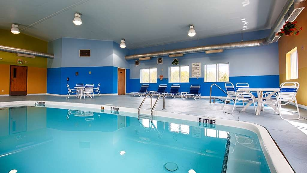 Best Western New Baltimore Inn - piscina cubierta