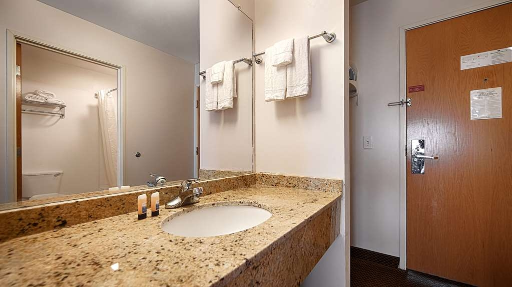 Best Western New Baltimore Inn - Baño