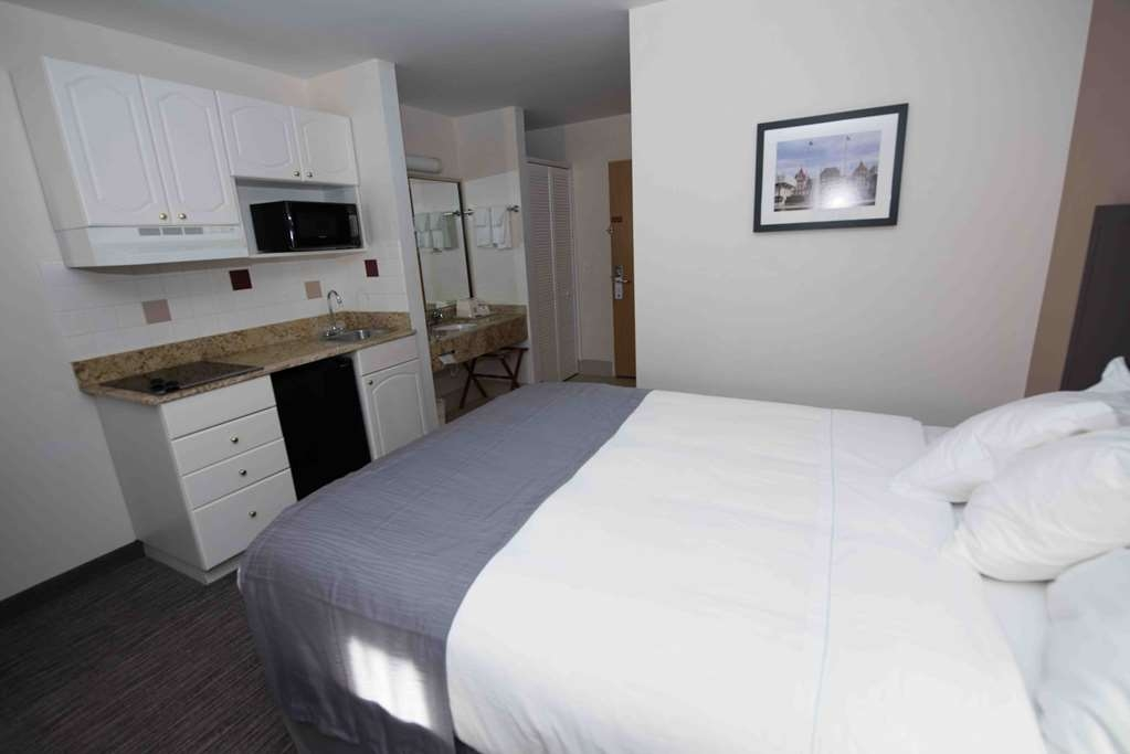 Best Western New Baltimore Inn - Habitaciones/Alojamientos