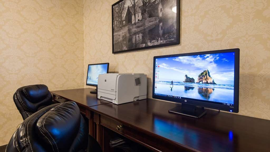 Best Western New Baltimore Inn - Business Center