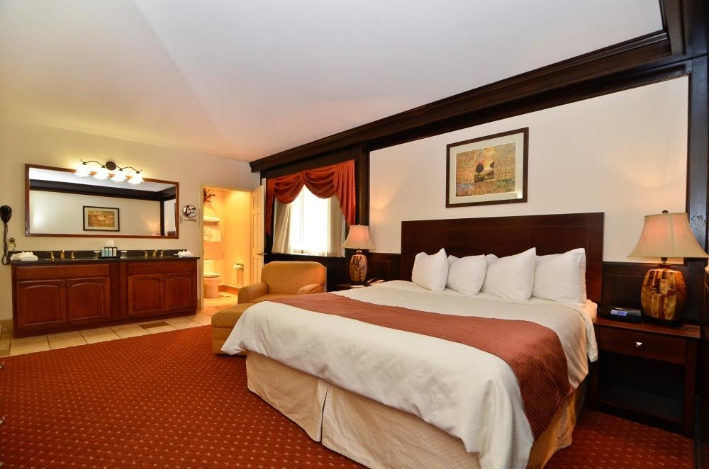 Best Western Plus Plattsburgh - Suite