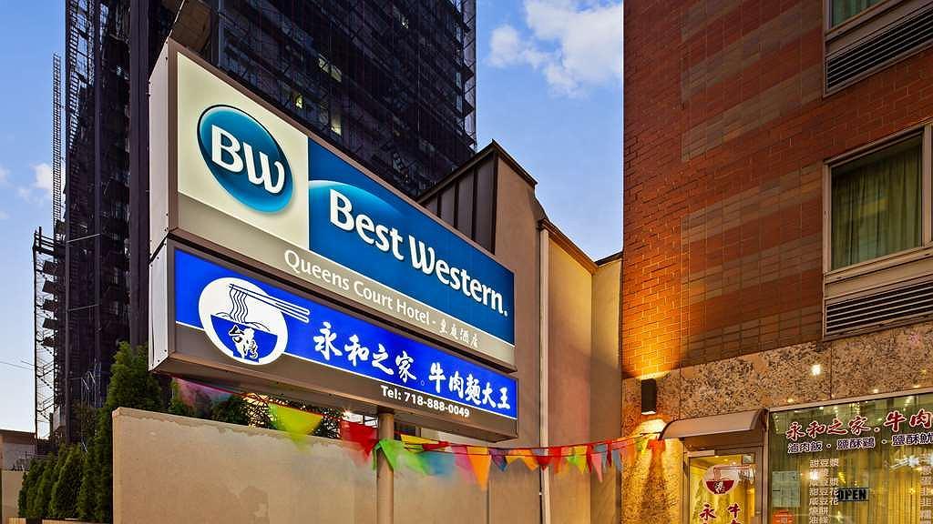 Best Western Queens Court Hotel - Area esterna