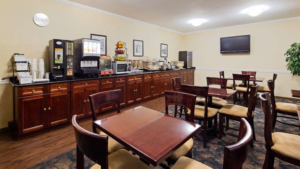 Best Western Queens Court Hotel - Restaurant / Etablissement gastronomique