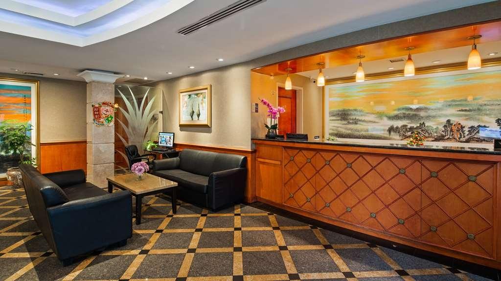 Best Western Queens Court Hotel - Vue du lobby