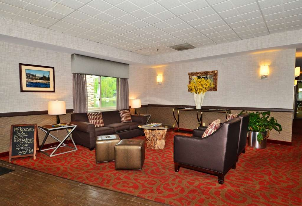 Best Western Saranac Lake - Start your stay in our recently renovated lobby.