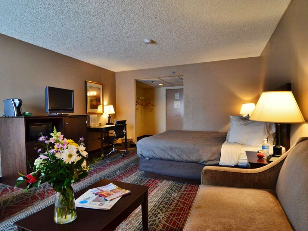 Best Western Saranac Lake - Our king bed guest rooms also feature a pullout sleeper sofa.