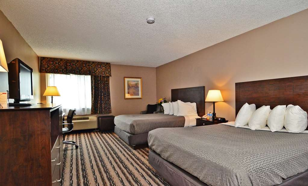 Best Western Saranac Lake - Two Queen Bed Rooms