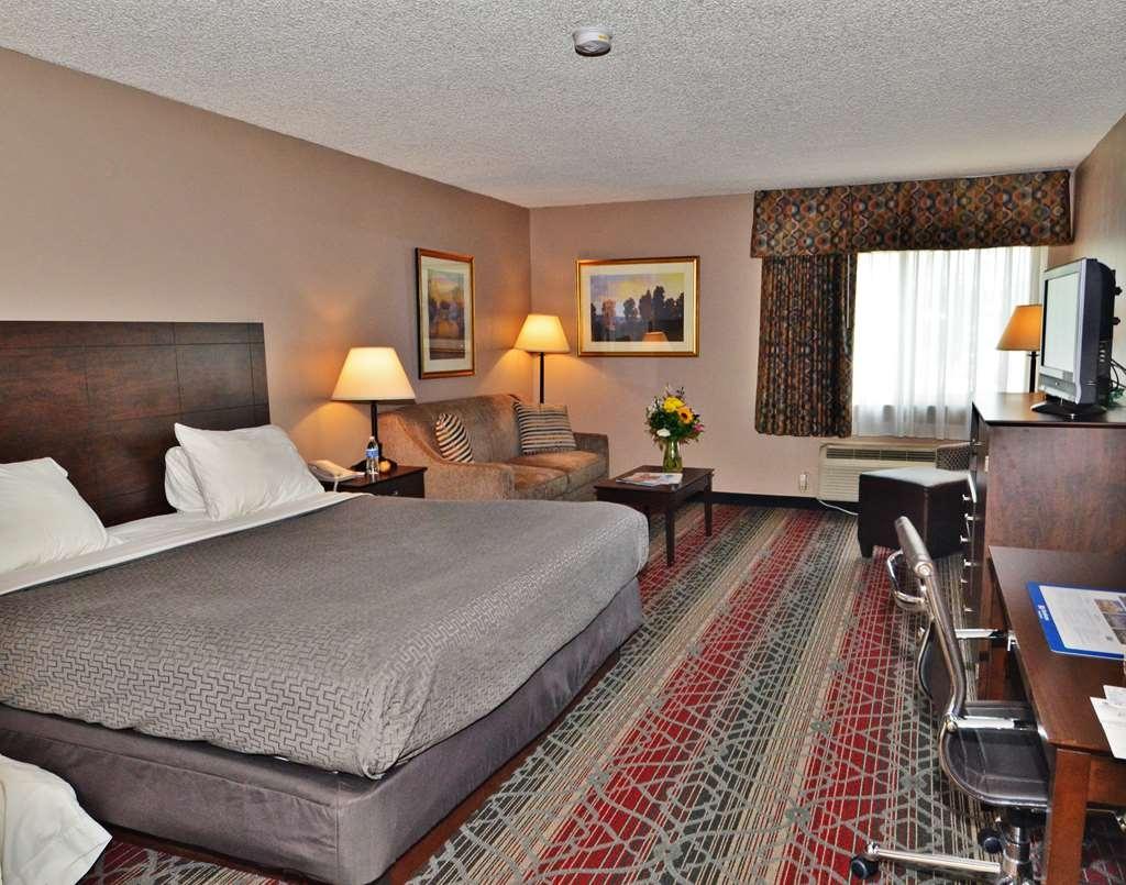 Best Western Saranac Lake - Guest room