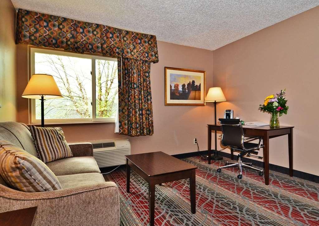 Best Western Saranac Lake - Guest room amenity
