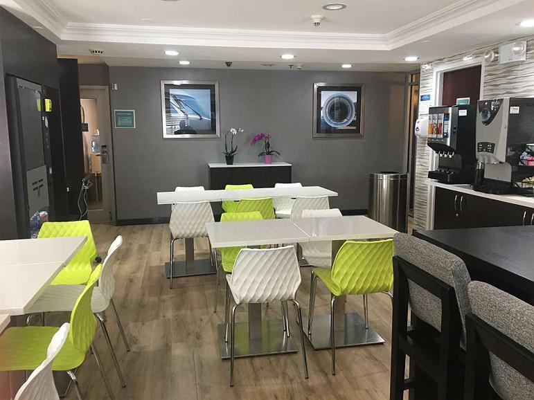 Hotel in Jamaica | Best Western JFK Airport Hotel
