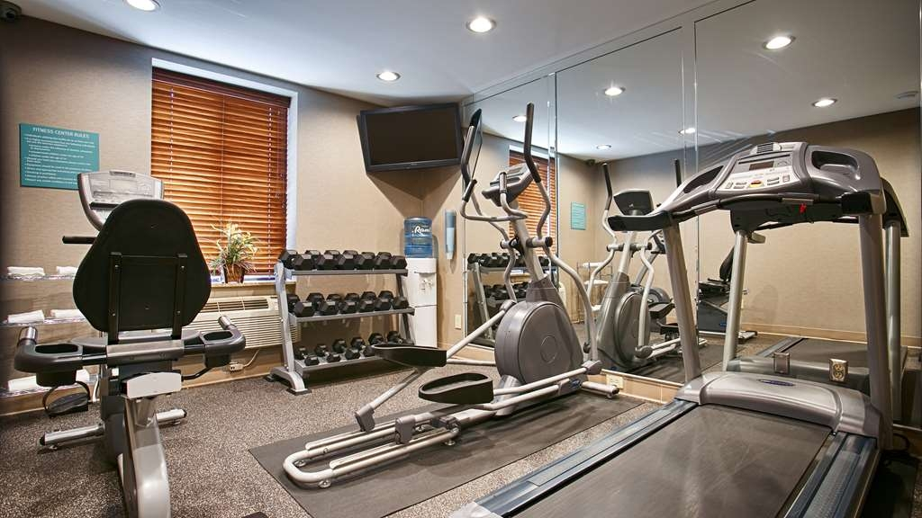 Best Western JFK Airport Hotel - Our fitness center allows you to keep up with your home routine… even when you're not at home.