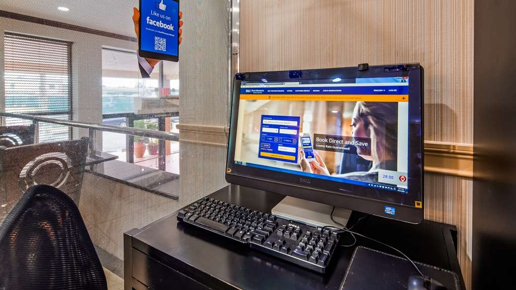 Best Western JFK Airport Hotel - Business Center
