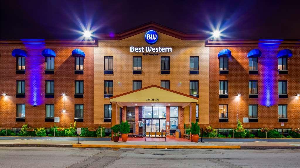 Best Western JFK Airport Hotel - Façade