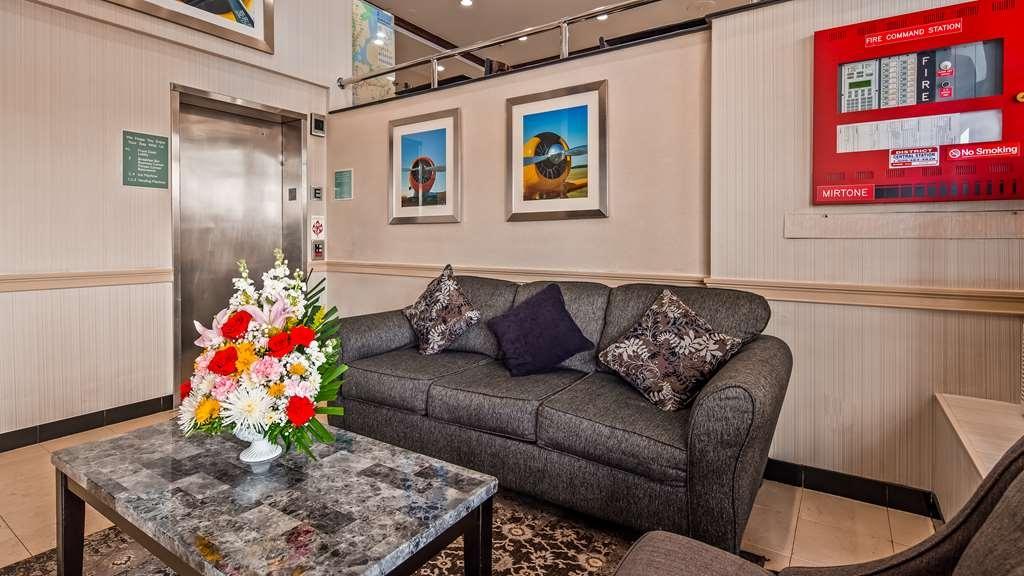 Best Western JFK Airport Hotel - Lobby