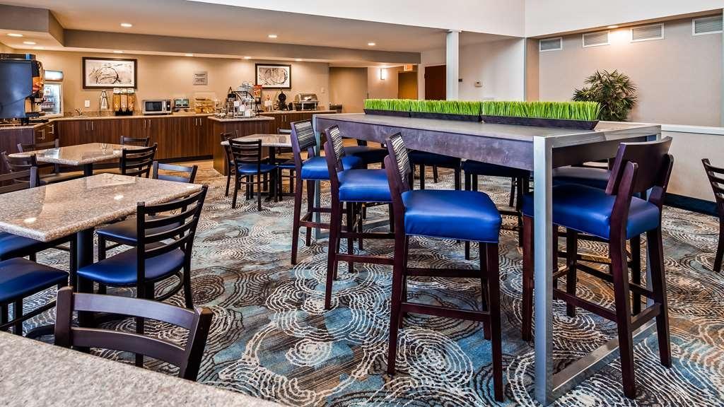 Best Western Plus Liverpool-Syracuse Inn & Suites - Restaurante/Comedor