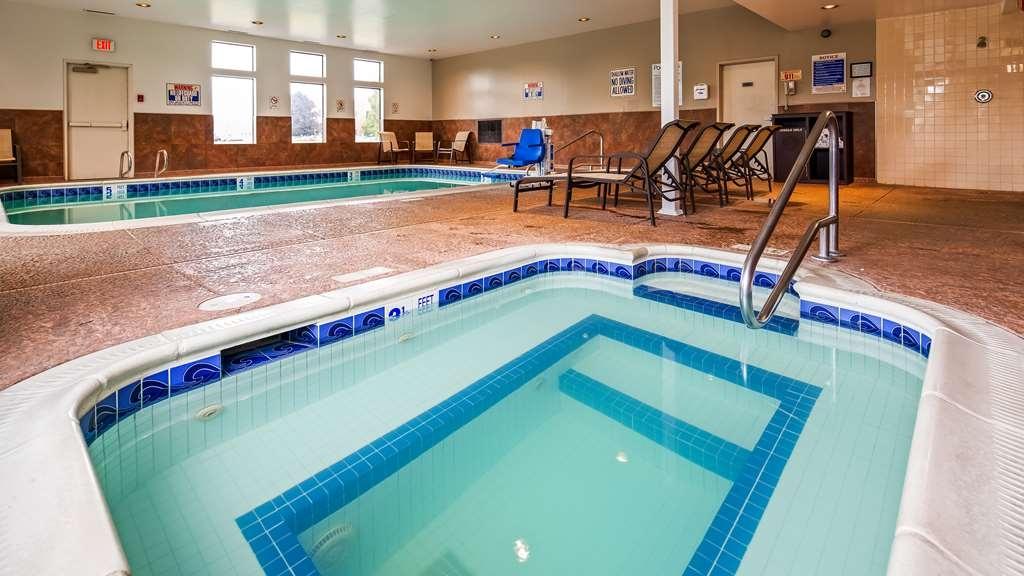 Best Western Plus Liverpool-Syracuse Inn & Suites - Vue de la piscine