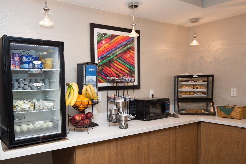 Best Western Gregory Hotel - Complimentary Breakfast