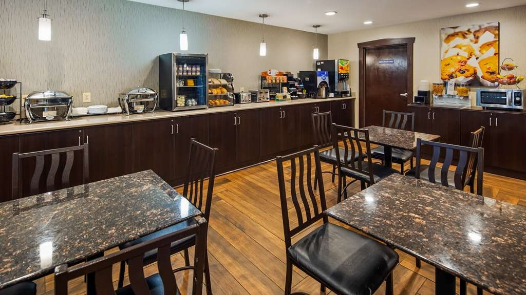 Best Western Crown Inn & Suites - Restaurant / Etablissement gastronomique