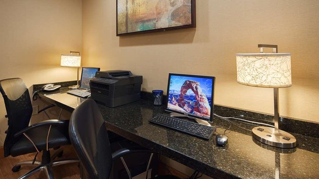 Best Western Plus University Inn - centro de negocios-característica
