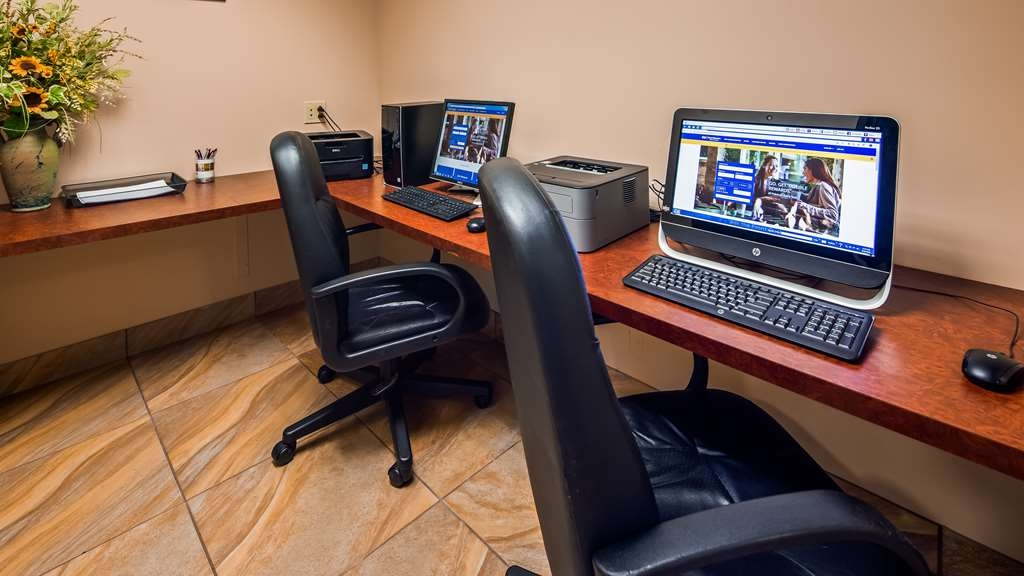 Best Western Plus Saratoga Springs - Business Center
