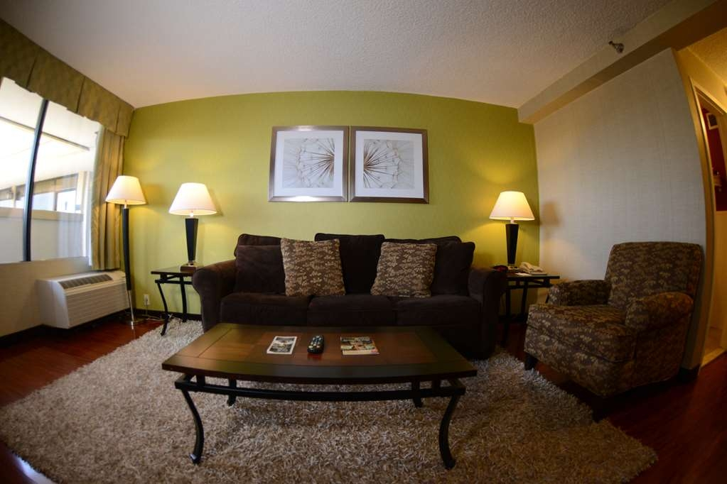 Best Western Mill River Manor - Suite
