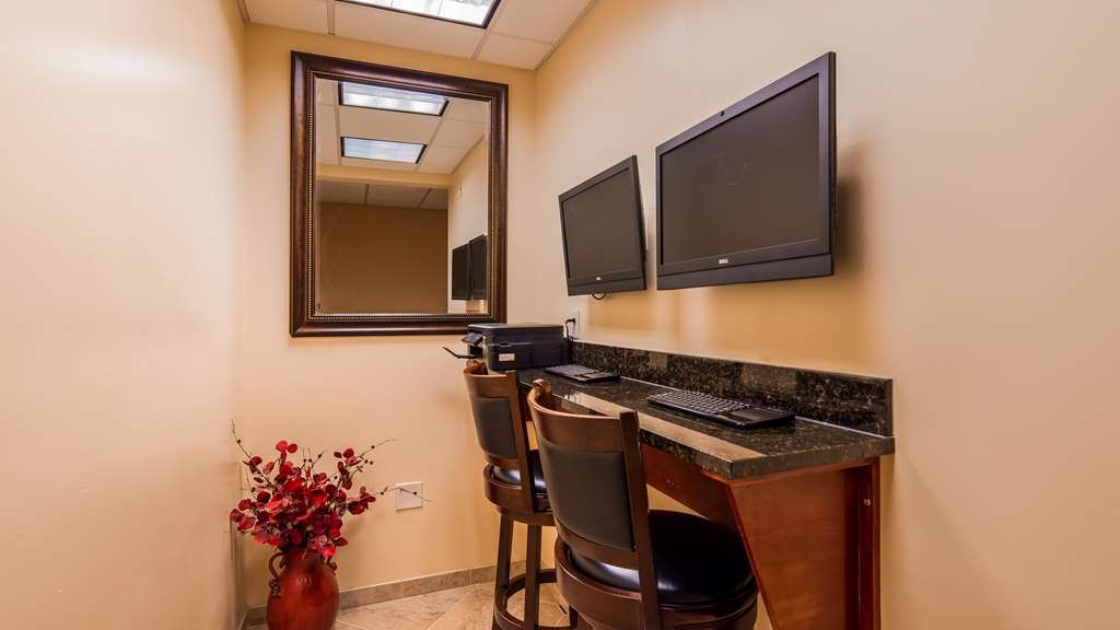 Best Western Plus Vineyard Inn & Suites - Business Center