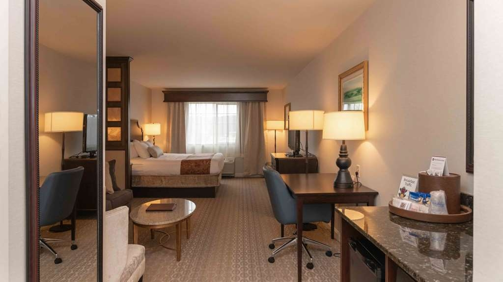 Best Western Plus Vineyard Inn & Suites - These comfortable Finger Lakes Suites have a pillow-top King mattress dressed in luxury linens.