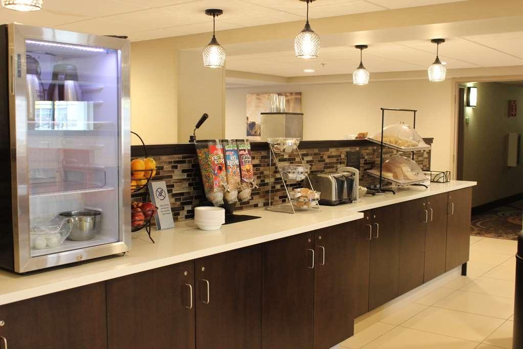 Best Western Rochester Marketplace Inn - Prima colazione a buffet