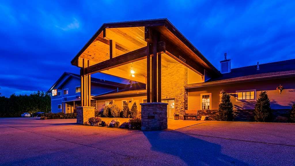 Best Western Plus Ticonderoga Inn & Suites - Aussenansicht