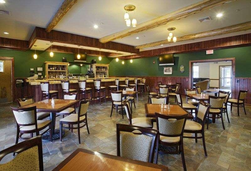 Best Western Plus Ticonderoga Inn & Suites - Enjoy an excellent meal at our on-site restaurant the Burgoyne Grill.