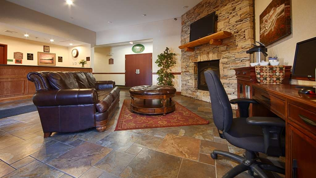 Best Western Plus Ticonderoga Inn & Suites - The moment you step into our welcoming lobby you'll feel like part of our family.