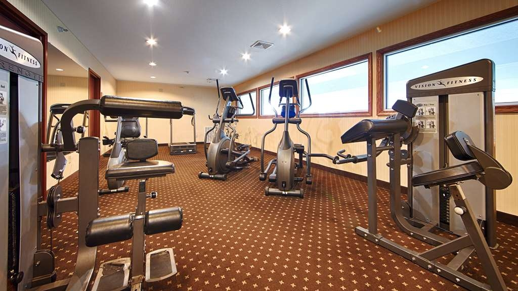 Best Western Plus Ticonderoga Inn & Suites - Our fitness center allows you to keep up with your home routine… even when you're not at home.