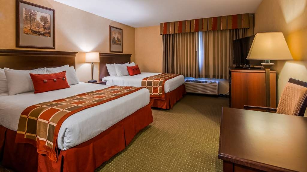 Best Western Plus Ticonderoga Inn & Suites - Guest Room