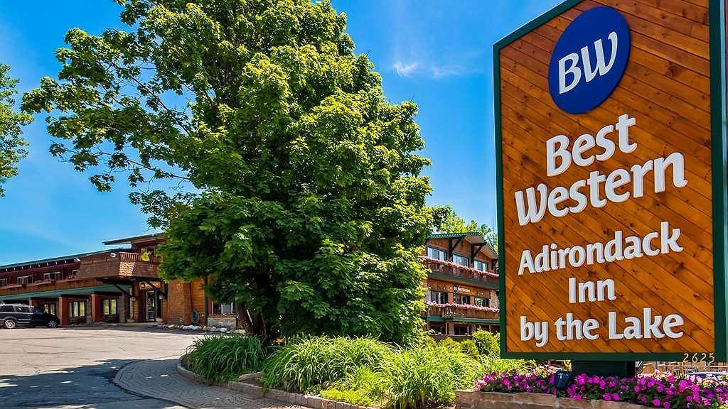 Best Western Adirondack Inn - Aussenansicht