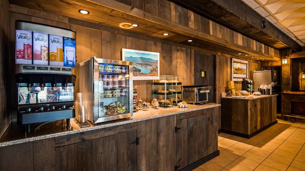 Best Western Adirondack Inn - Breakfast Area